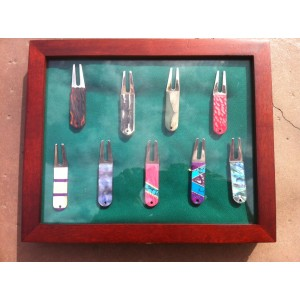 Custom Golf Divot Tools with Display